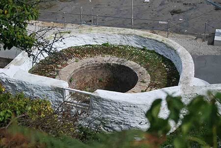 The Lime Kiln seen from above.