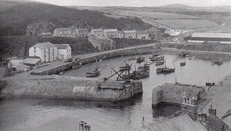 The Inner Harbour taken between the wars. The China Clay building is already looking worse for wear by this time.